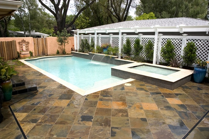 Lanscaping And Swimming Pool Deck